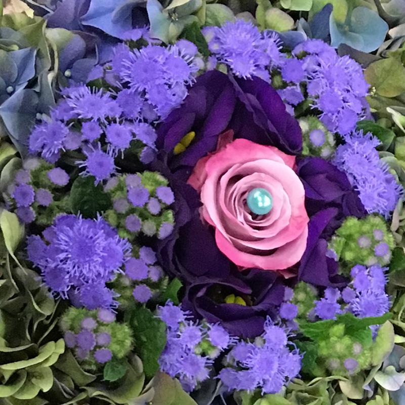 Rouwstuk Vlinder met roze en lila
