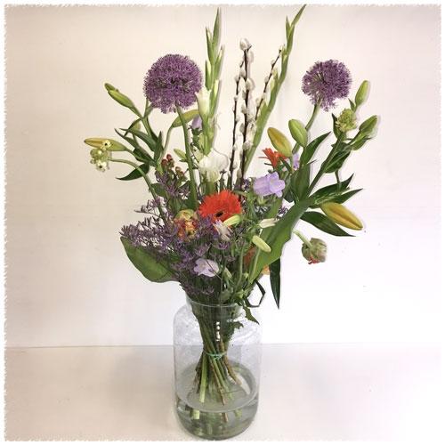 Plukboeket met gemengde bloemen