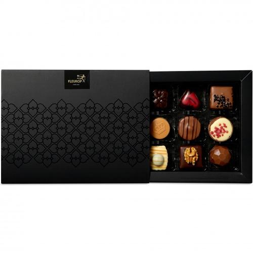 Geschenkdoos met 12 bonbons Fleurop Flavours